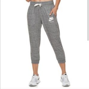 Grey Nike Capri sweatpants